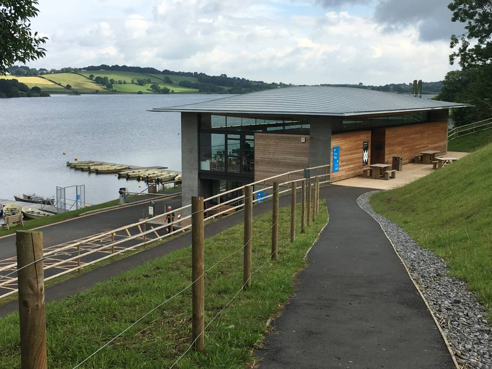 Visitor centre at Llandegfedd Reservoir and view onto the water. © Crown copyright 2018 (Visit Wales)